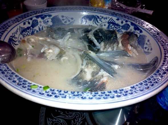 千岛湖鱼头汤