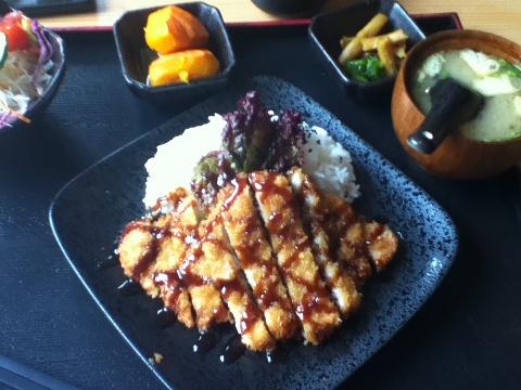 金鳗卷,日式猪排饭,牛肉乌冬面_小娅nancy的美食日记