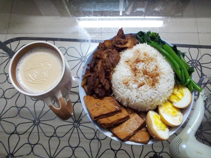 冬至末日特别大餐-自制卤肉饭配港式奶茶