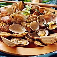 海鲜恋上香草----罗勒炒花蛤