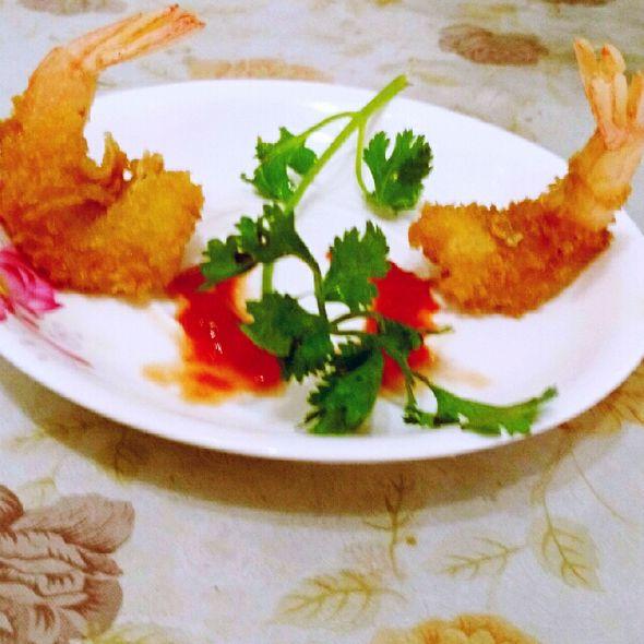 卢氏黄金凤尾虾