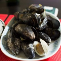 白葡萄酒蒸mussel