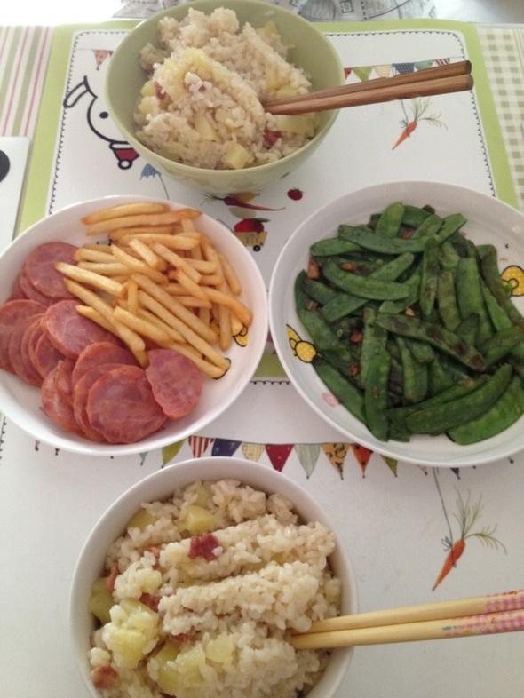 培根土豆蒸饭,薯条