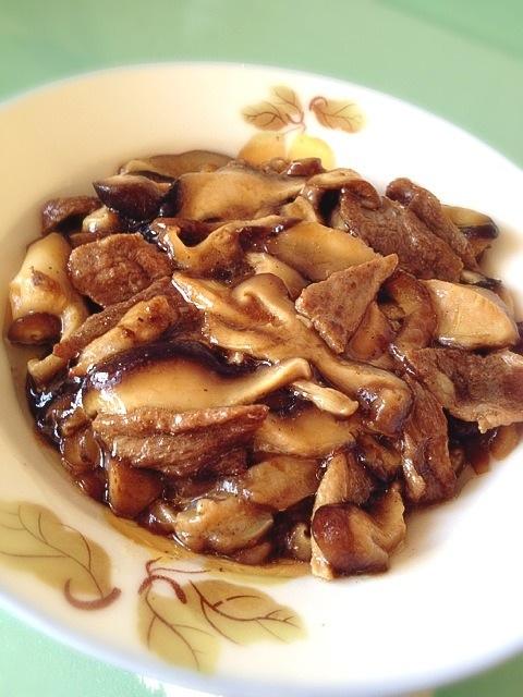 肉片炒香菇