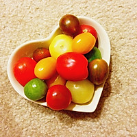 五彩鲜艳的小番茄