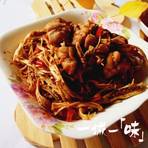 秋葵干炒鸡胸肉