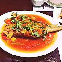 鲜番茄生爆黄花鱼