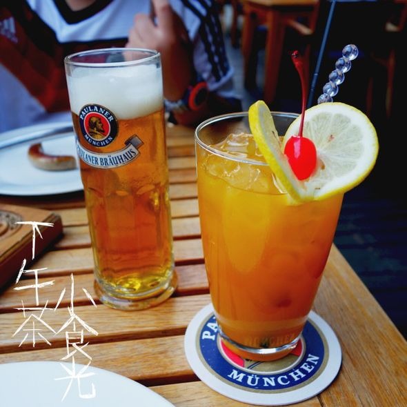 黄啤与芒果汁