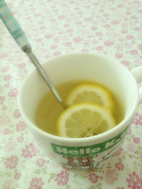 蜂蜜柠檬水…