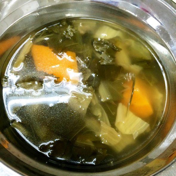 菜干萝卜黄豆猪骨汤