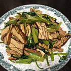干子芹菜炒肉