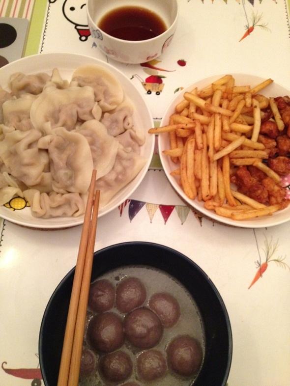 饺子,薯条,肉肉,