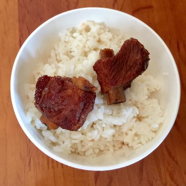 大米饭配西排