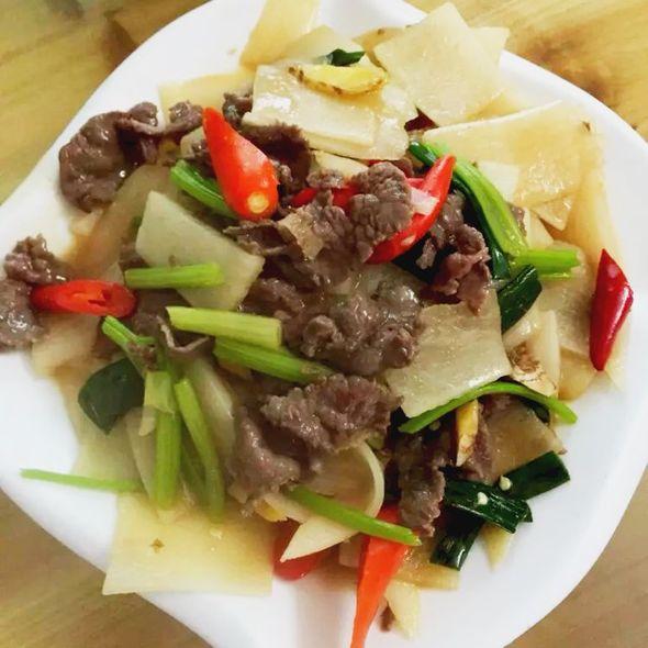 牛肉炒萝卜